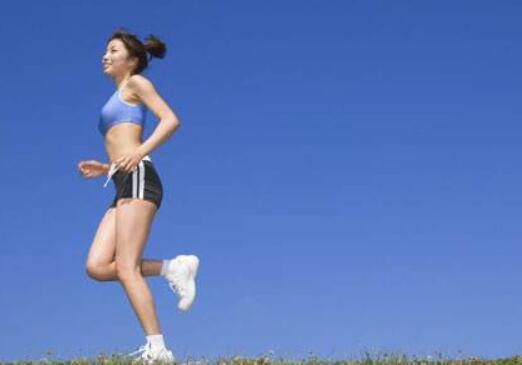 每天坚持跑步一个月能瘦吗