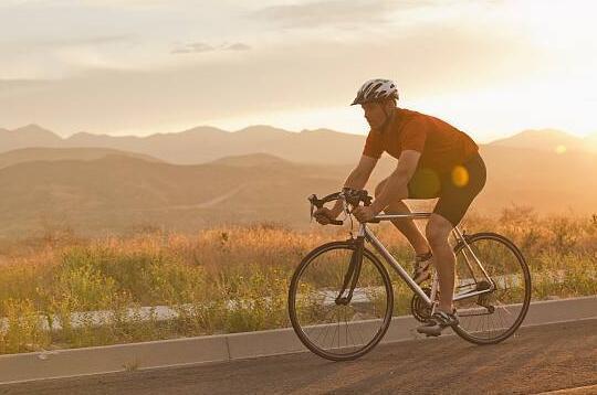 每天骑多长时间自行车能减肥
