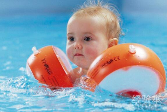 婴儿游泳一次多长时间
